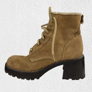 Skechers boots size 8 block heel brown women